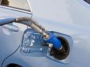 Пособие автомобилисту новичку: особенности заправки автомобиля